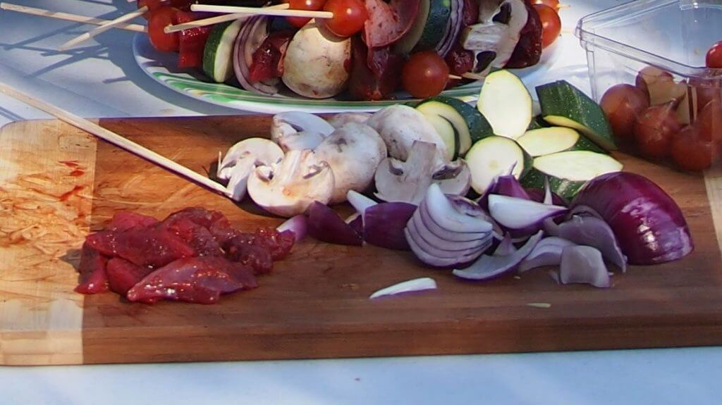 MARINATED-KANGAROO-SKEWERS-03
