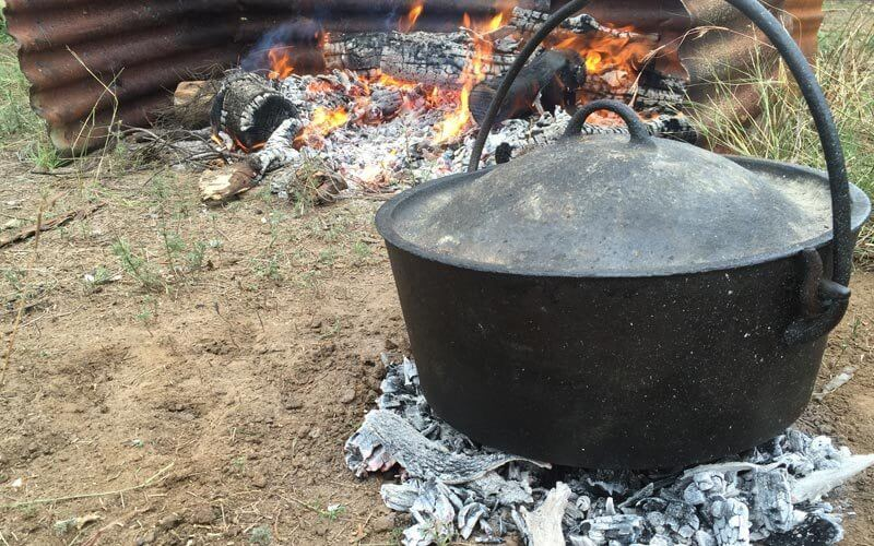 Bottom Heat | Heat control tips for Camp Oven Cooking